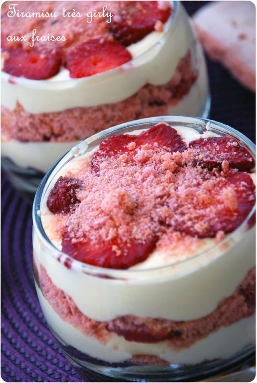 recette de tiramisu aux fraises en verrines la recette facile. Black Bedroom Furniture Sets. Home Design Ideas