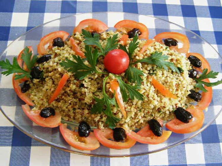 Recette de quinoa gourmand en salade la recette facile for Eliminer les vers des salades