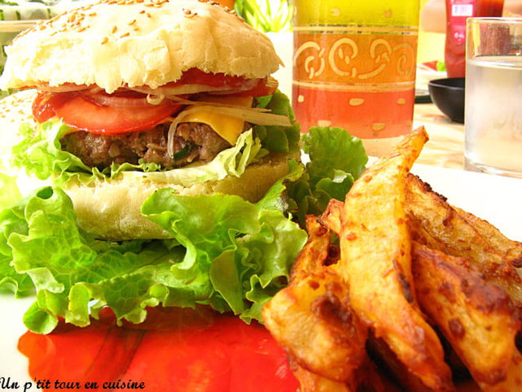 Recette de hamburgers au boeuf et frites maison la recette facile - Recette hamburger maison original ...
