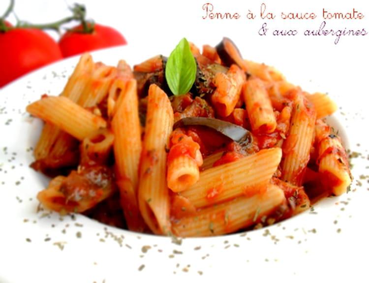 Recette de penne la sauce tomate et aux aubergines la - Cuisiner des aubergines facile ...