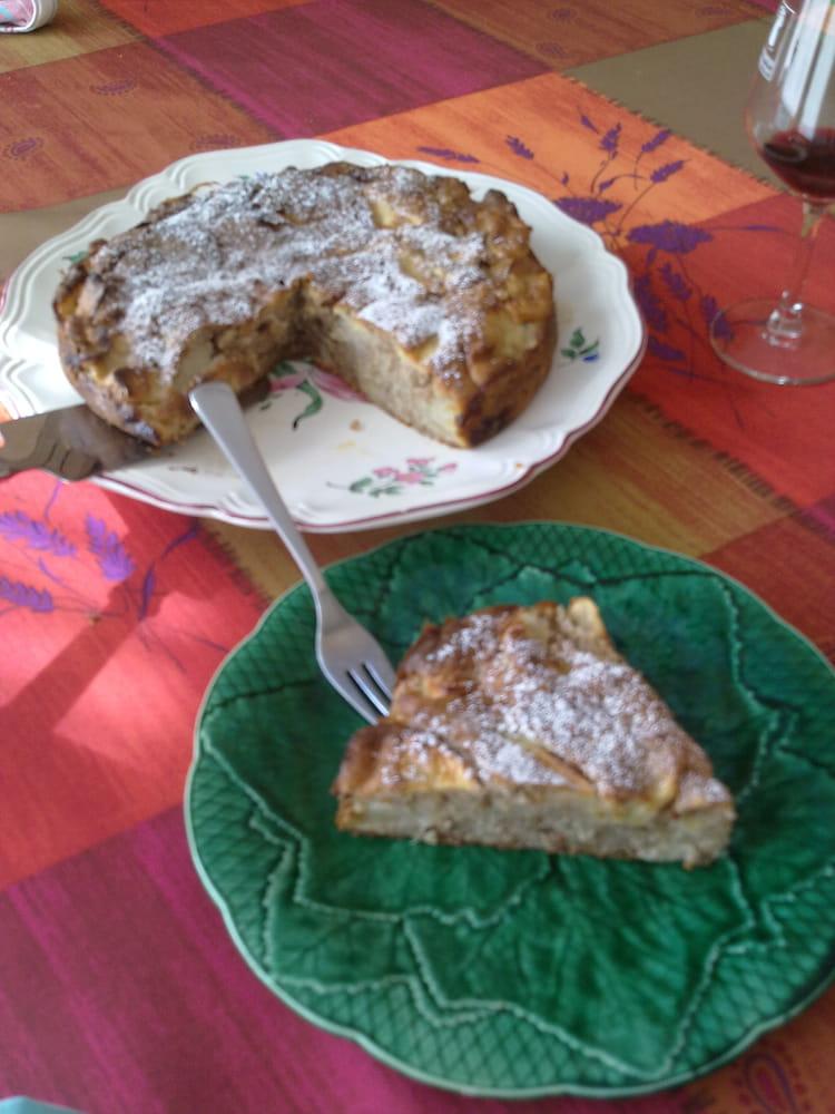 Recette de g teau aux noix et aux pommes la recette facile - Gateau aux noix et pommes ...