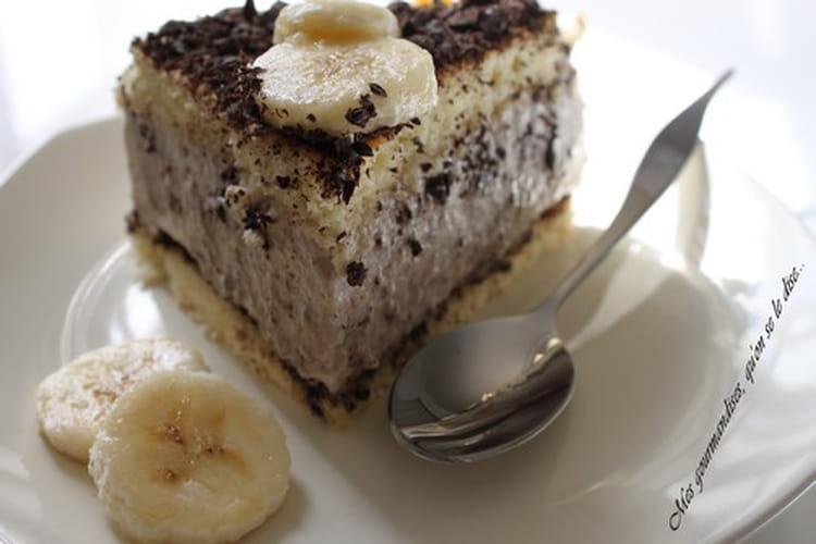 recette de g teau mousseux la banane la recette facile. Black Bedroom Furniture Sets. Home Design Ideas