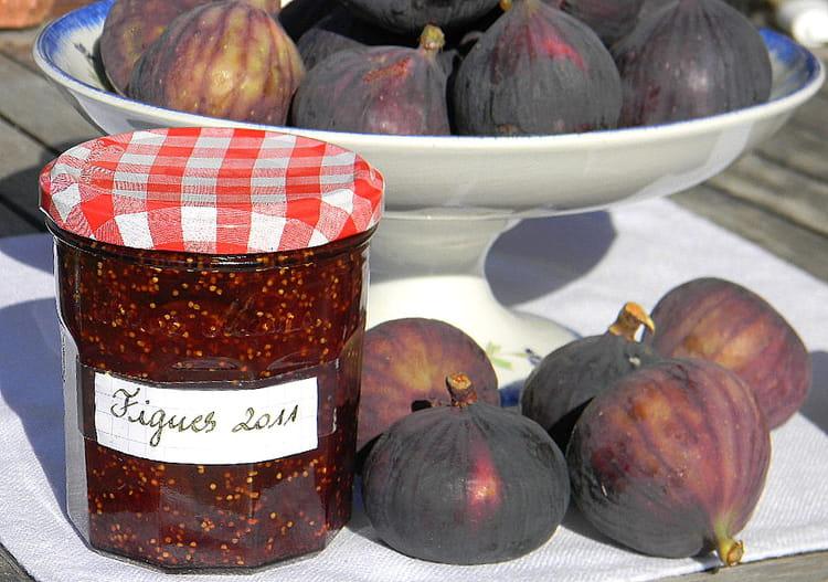 Recette de confiture de figues au citron la recette facile - Cuisiner des figues fraiches ...