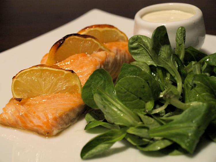 Recette de filet de saumon au citron et l 39 rable la - Cuisiner darne de saumon ...