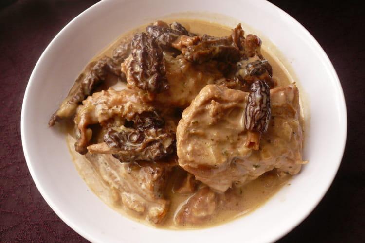 Recette de saut de veau aux morilles la recette facile - Cuisiner morilles sechees ...