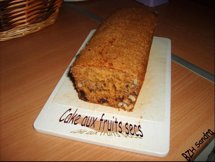 recette de cake croquant aux fruits secs la recette facile. Black Bedroom Furniture Sets. Home Design Ideas