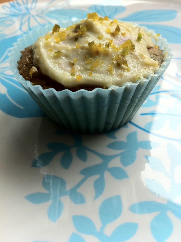 Recette de cupcakes myrtille gla age citron la recette facile - Glacage cupcake facile ...