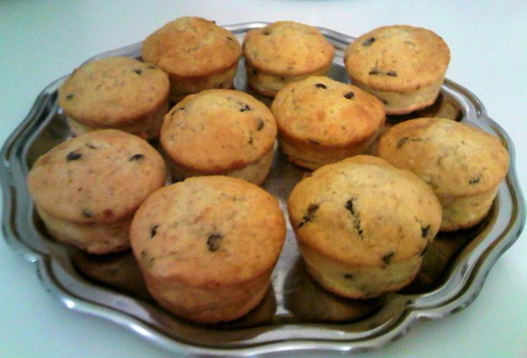 recette de muffins la banane et p pites de chocolat la. Black Bedroom Furniture Sets. Home Design Ideas