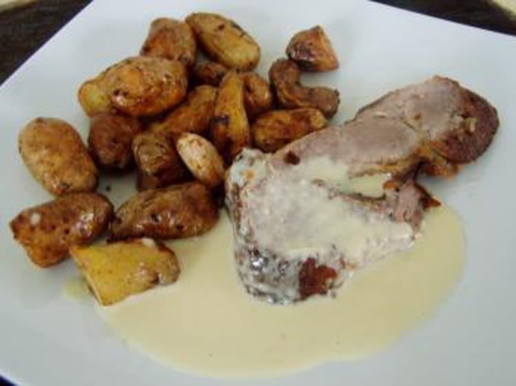 recette de r 244 ti de porc 224 l ail et au thym rattes au four la recette facile