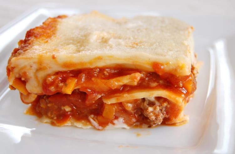 recette de lasagnes la bolognaise simples parfum es aux. Black Bedroom Furniture Sets. Home Design Ideas