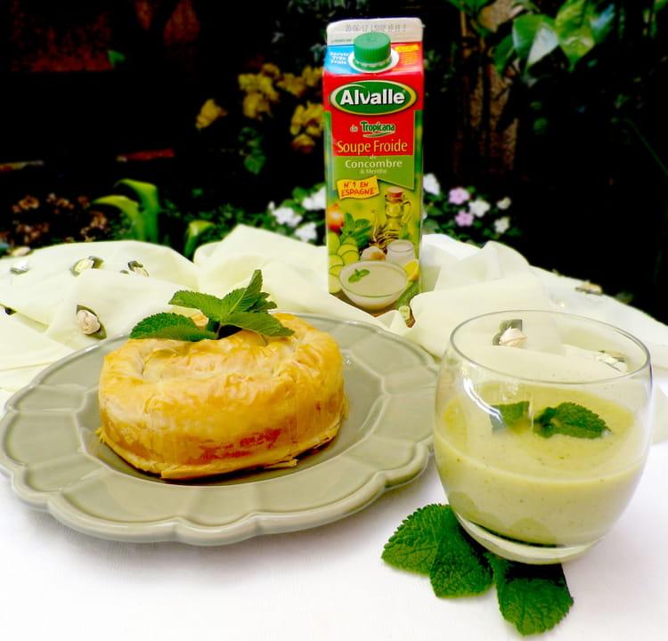 recette de soupe froide de concombre menthe alvalle et. Black Bedroom Furniture Sets. Home Design Ideas