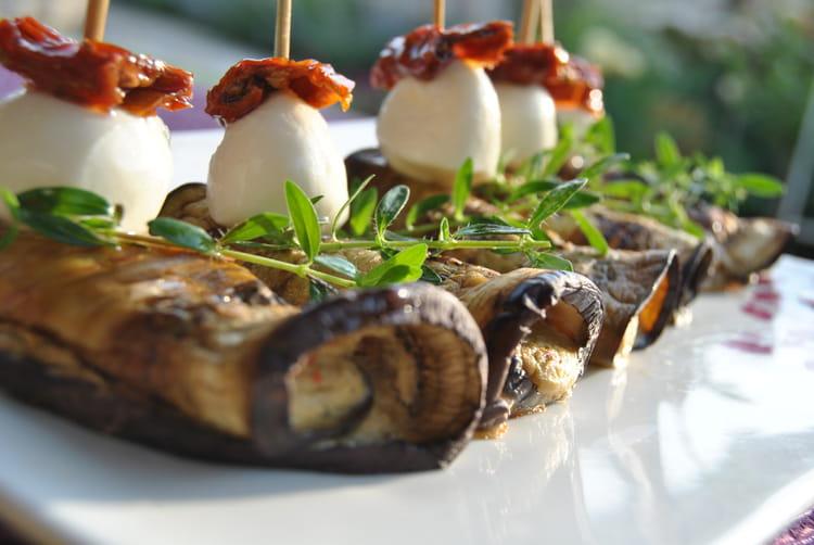 Recette de roulades d 39 aubergines la recette facile - Cuisiner aubergine rapide ...