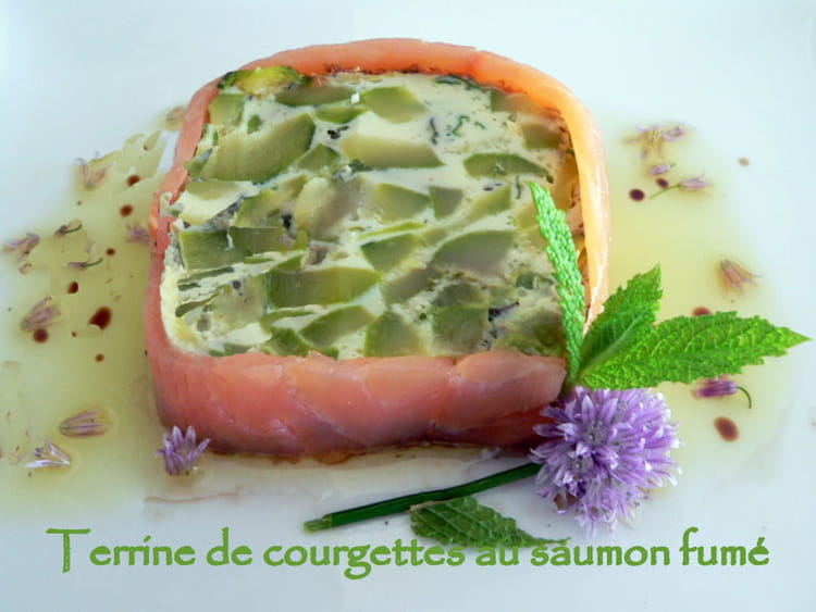 recette de terrine de courgettes au saumon fum la recette facile. Black Bedroom Furniture Sets. Home Design Ideas