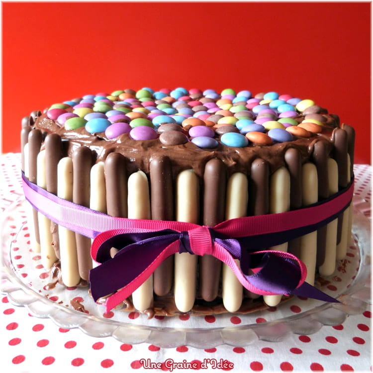 recette de layer cake party chocolat framboise smarties finger la recette facile. Black Bedroom Furniture Sets. Home Design Ideas
