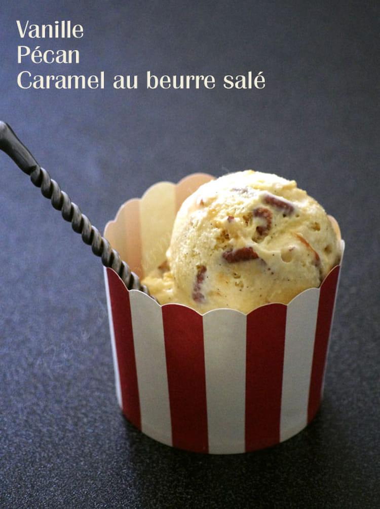 recette de glace vanille p can macadamia et caramel au beurre sal la recette facile. Black Bedroom Furniture Sets. Home Design Ideas