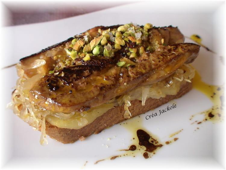 recette de foie gras po l lit de pommes choucroute cannelle la recette facile. Black Bedroom Furniture Sets. Home Design Ideas