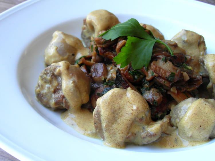 Recette de rognons de veau aux c pes la recette facile - Rognons de veau a la creme ...