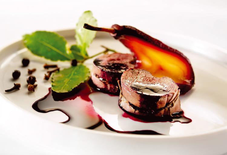 Recette de noisettes de chevreuil aux poires la recette - Cuisiner gigot de chevreuil ...