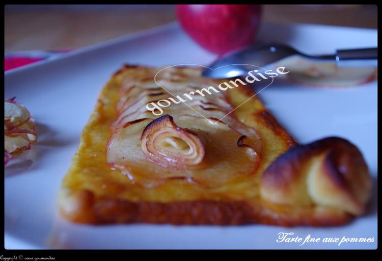 Recette de tarte fine aux pommes cannelle et miel la recette facile - Tarte aux pommes fine ...