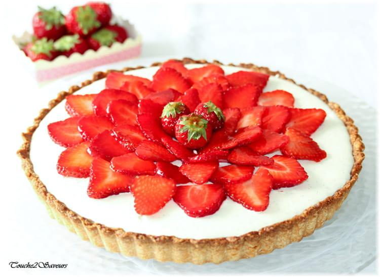recette de tarte aux fraises et mousse au chocolat blanc la recette facile. Black Bedroom Furniture Sets. Home Design Ideas