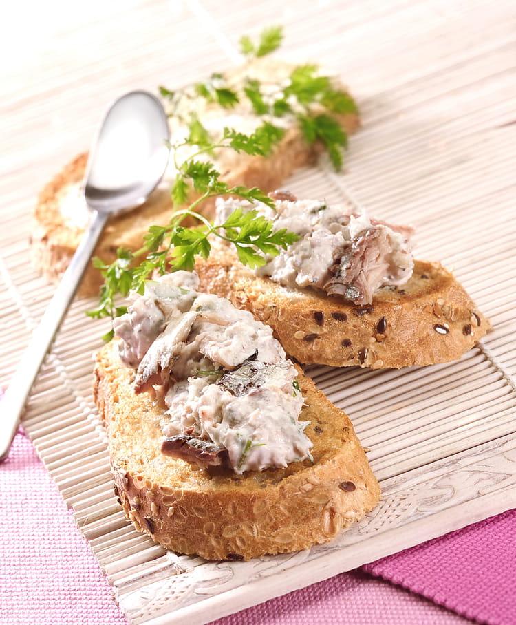 Recette de toasts de rillettes de filet de sardines - Comment cuisiner des filets de sardines ...