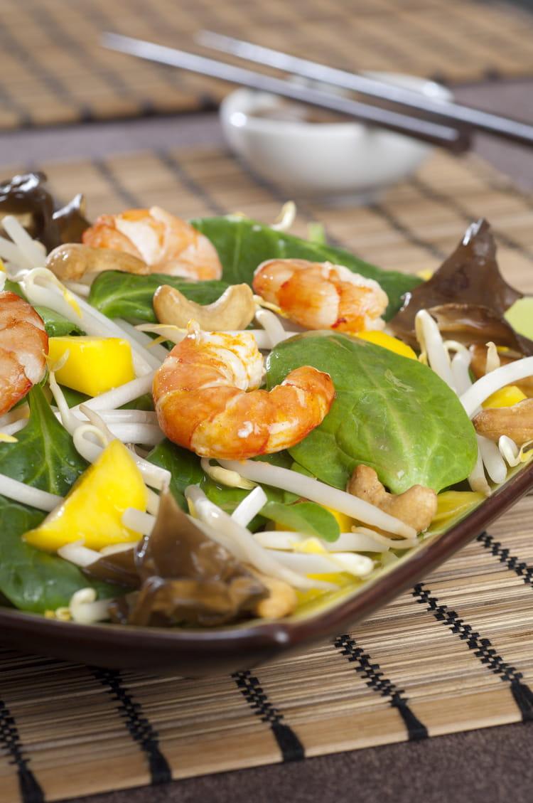recette de salade asiatique relev e la recette facile. Black Bedroom Furniture Sets. Home Design Ideas