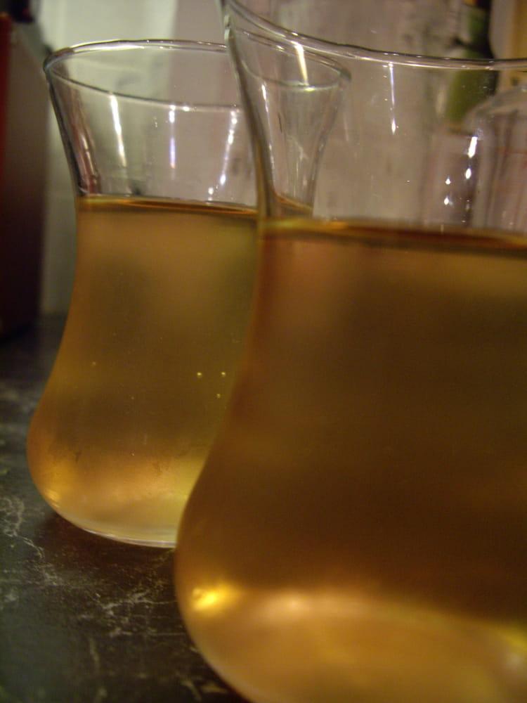 recette de vin d 39 oranges pour l 39 ap ritif la recette facile. Black Bedroom Furniture Sets. Home Design Ideas