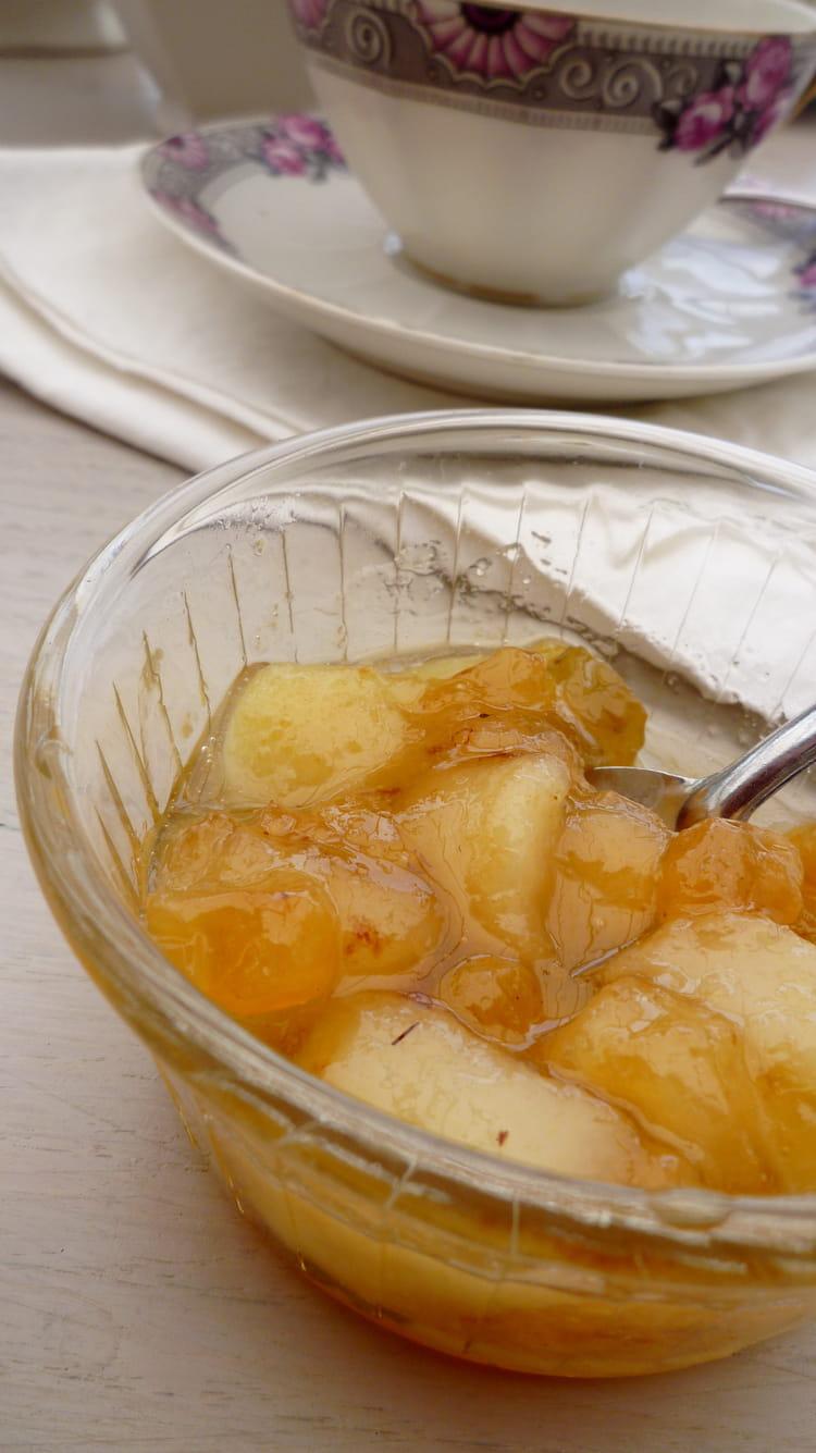 Compote de mangues aux raisins et au rhum