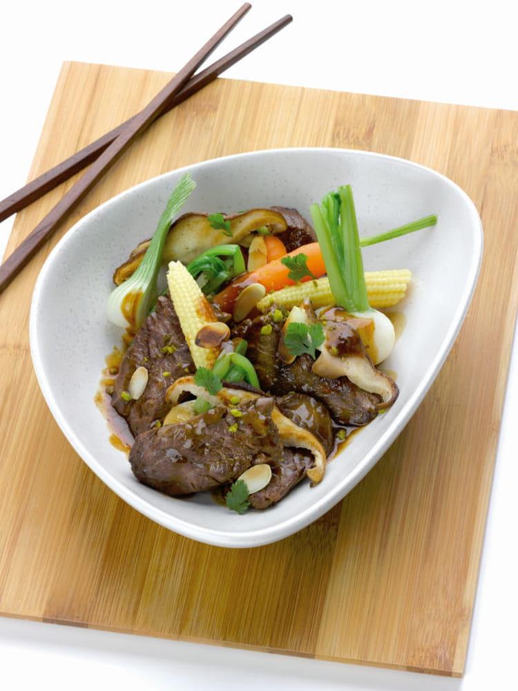 Recette de wok d 39 onglet de veau flamb au calvados - Cuisiner des pleurotes ...