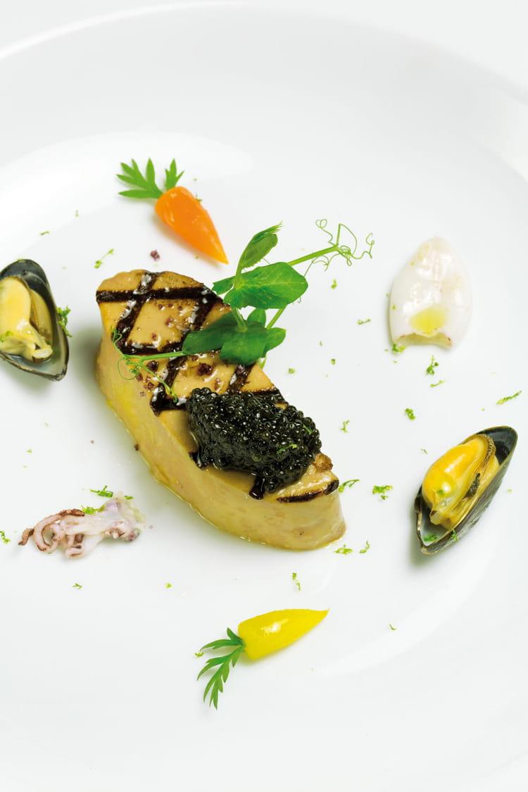 Recette de foie gras grill carottes fanes chipirons - Cuisiner fanes de carottes ...