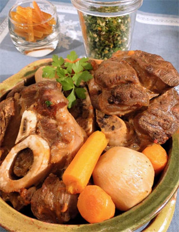 Recette de jarret de b uf l 39 orange la recette facile - Cuisiner un jarret de boeuf ...