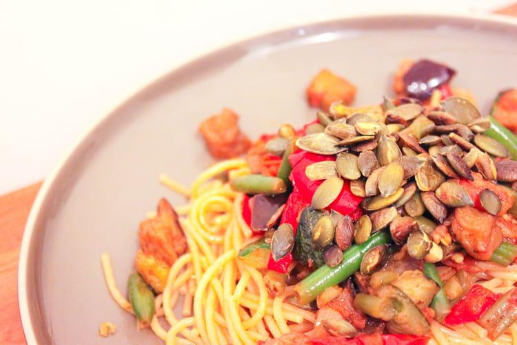 recette de spaghettis aux l gumes et graines de courges la recette facile. Black Bedroom Furniture Sets. Home Design Ideas