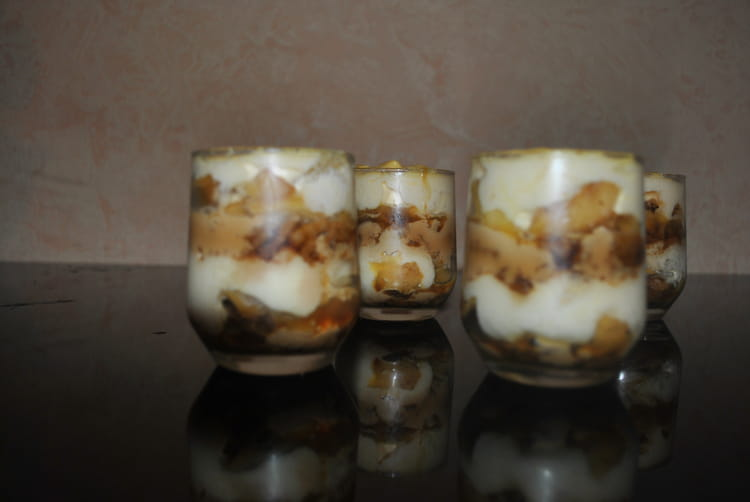recette de tiramisu pommes caramel beurre sal la recette facile. Black Bedroom Furniture Sets. Home Design Ideas